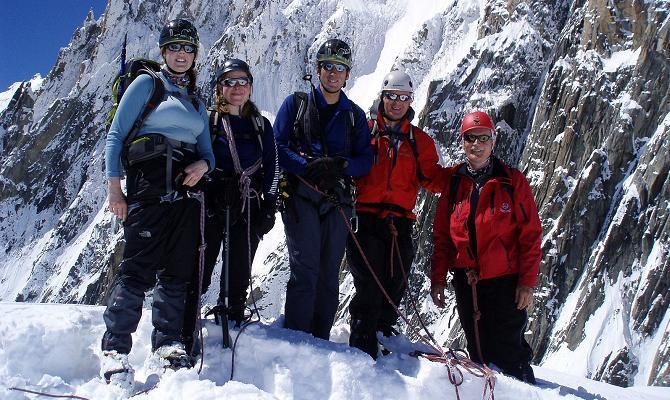 Icicle groups on Pointe Lachenal